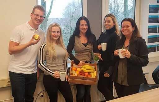 Matrix Human Resource Development - Fruit op kantoor